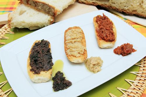 Patè di olive per bruschette